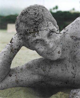 каменный человек статуя в фотошопе